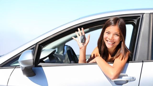 Choisir-premiere-voiture-640x396